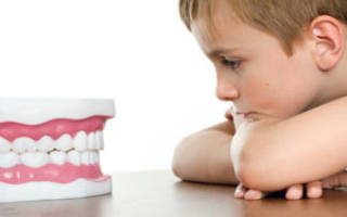 Почему может болеть зуб