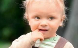У ребенка болит во рту