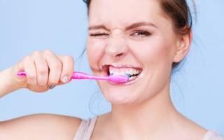 Почему при чистке зубов кровоточат десны